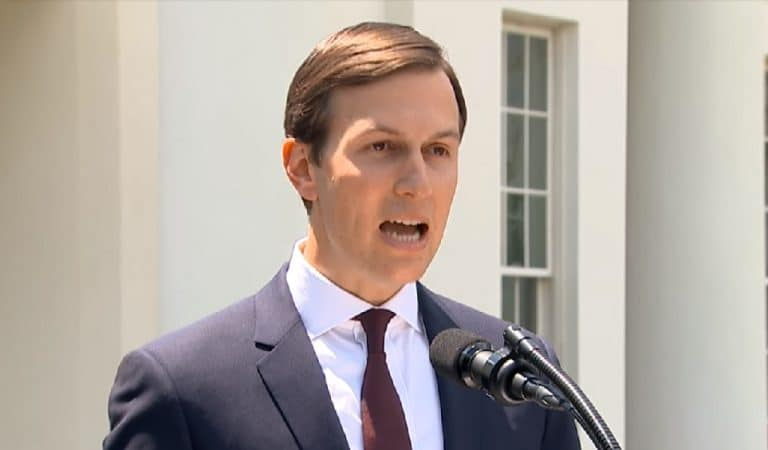 White House In Panic Mode As Oversight Committee Hits Them With Letter Demanding Documents Over Kushner's Security Clearance