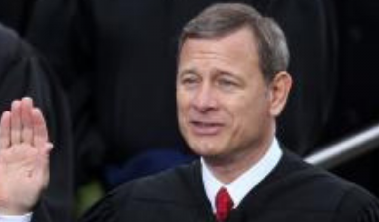 "Chief Justice John Roberts Has Just Been Accused Of Kavanaugh ""Cover Up,"" Hid Numerous Misconduct Complaints"