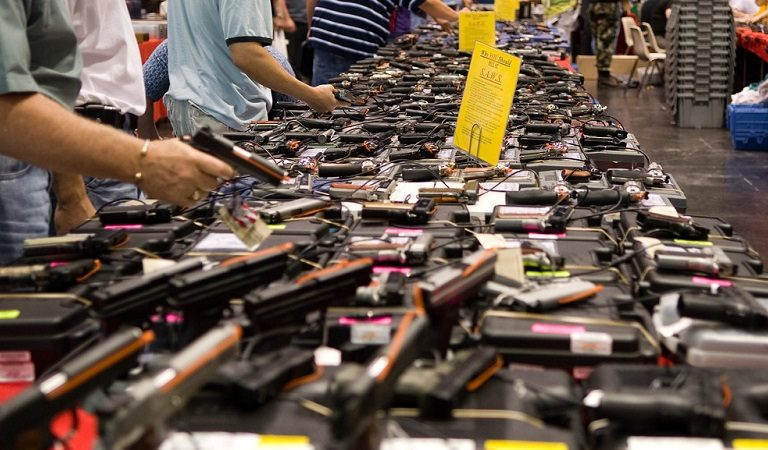 After Multiple Mass Shootings, Florida Republicans Plan To Hold Voter Registration Drive At Gun Show